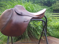 "17. 5"" Stubben Jumping Saddle"