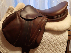 "17.5"" Butet Premium Full Calfskin Monoflap Saddle 2015"