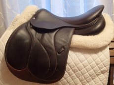 "17.5"" Devoucoux Biarritz S Full Buffalo Saddle with D3D Technology 2017"