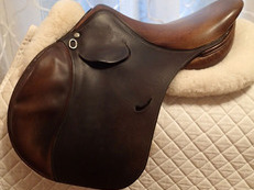 "16"" Devoucoux Laminak Saddle 2001"