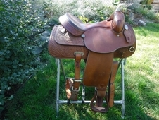 "15"" Hereford saddle w/ breast collar"