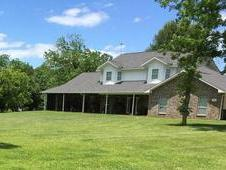 BEAUTIFUL HOME, 20 ACRES OF HORSE LAND, GUEST HOUSE!