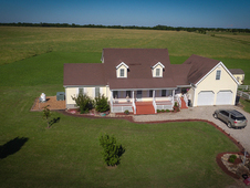 2 story home with 180 ac
