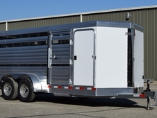 Tall Amp Wide Horse Trailer With Ramps Horseclicks