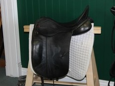 SOLD! ! - Albion SLK Dressage Saddle 17. 5