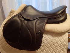 "17.5"" Devoucoux Biarritz S Full Buffalo Saddle with D3D Technology 2015 2AA"