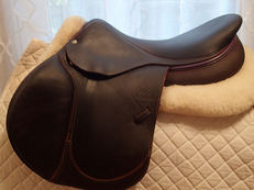 "18"" Devoucoux Socoa Full Buffalo Saddle with D3D Technology 2013"