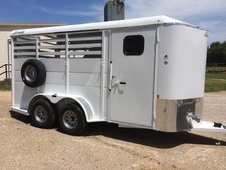 3 Horse Trailer 7ft Tall
